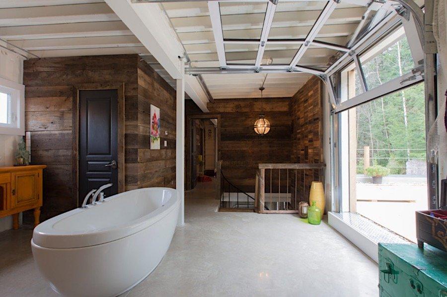 Interiér kontajnerového domu - kúpelňa