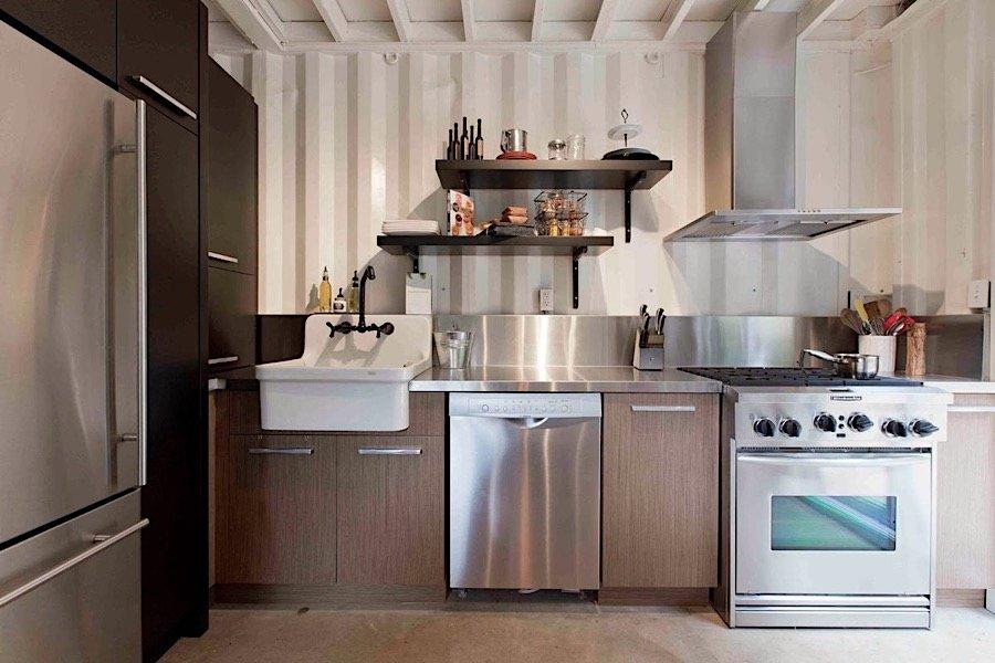 Interiér kontajnerového domu - kuchyňa