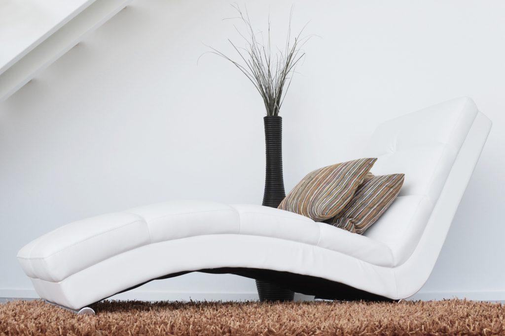Ľahký nábytok